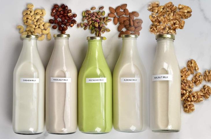 Przepisy na mleko roślinne z NutraMilk
