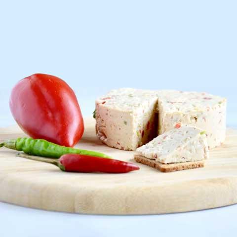 Wegański ser pieprzowy